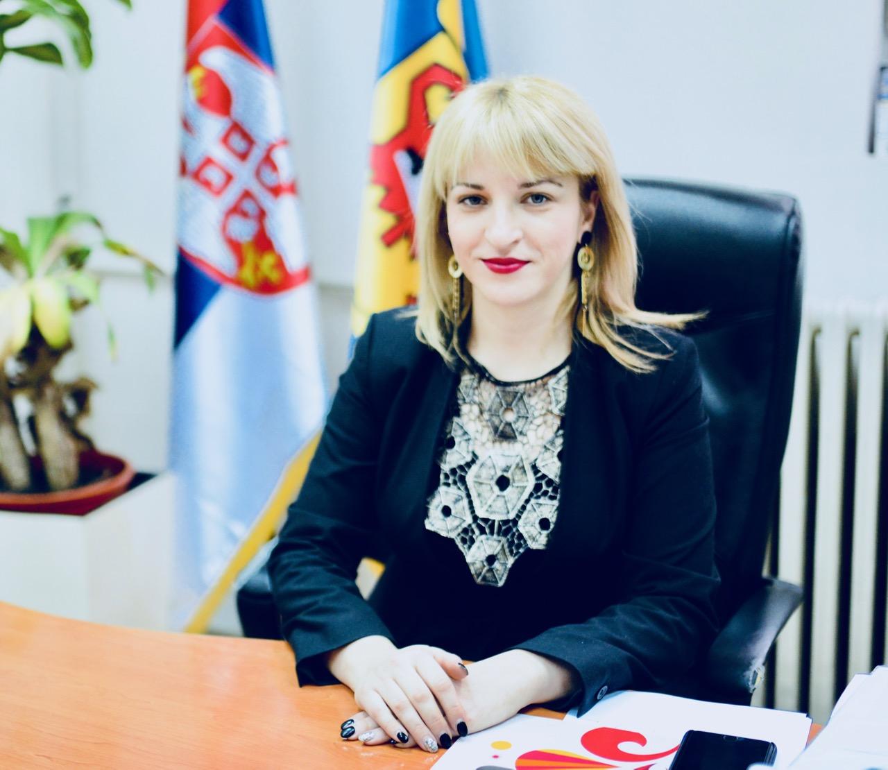 Photo of Grad raspisao konkurse sa Božićnu školu, studentske stipendije, crkve, udruženja građana, medije…