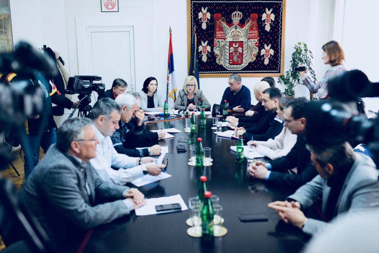 Photo of Vanredna sednica Štaba za vanredne situacije – Četiri potvrdjena slučaja morbila i tri verovatna