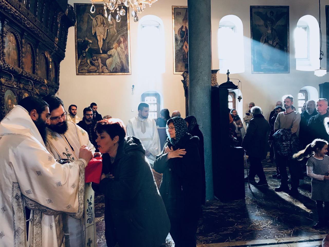 Photo of Vladika Arsenije služio liturgiju na drugi dan Božića – Sabor Presvete Bogorodice u Pirotu