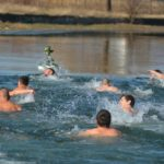 Sportski centar Pirot: Plivanje za Časni krst u nedelju