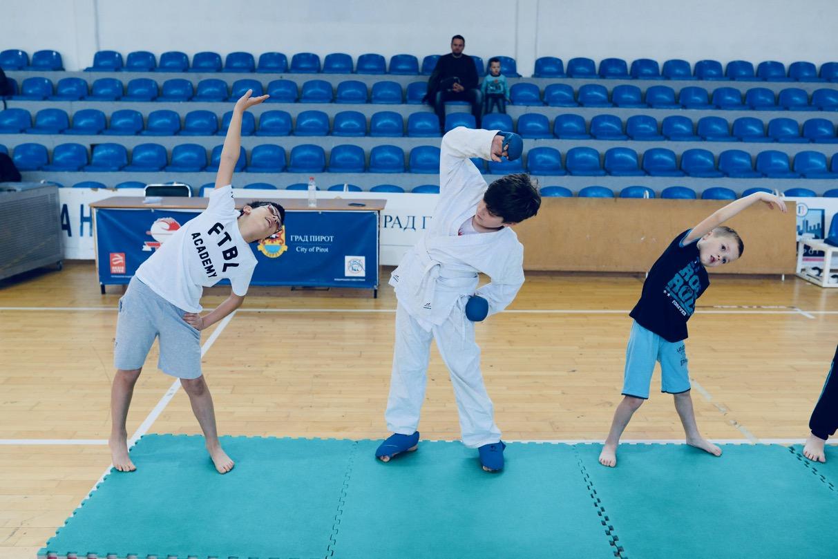 Photo of Karate po tradiciji jedan od najmasovnijih programa Božićne škole sporta