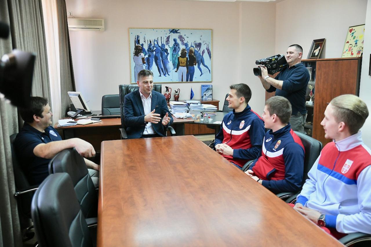 Photo of Prijem za najbolje u Srbiji – Karate klub Proleter – prava fabrika šampiona