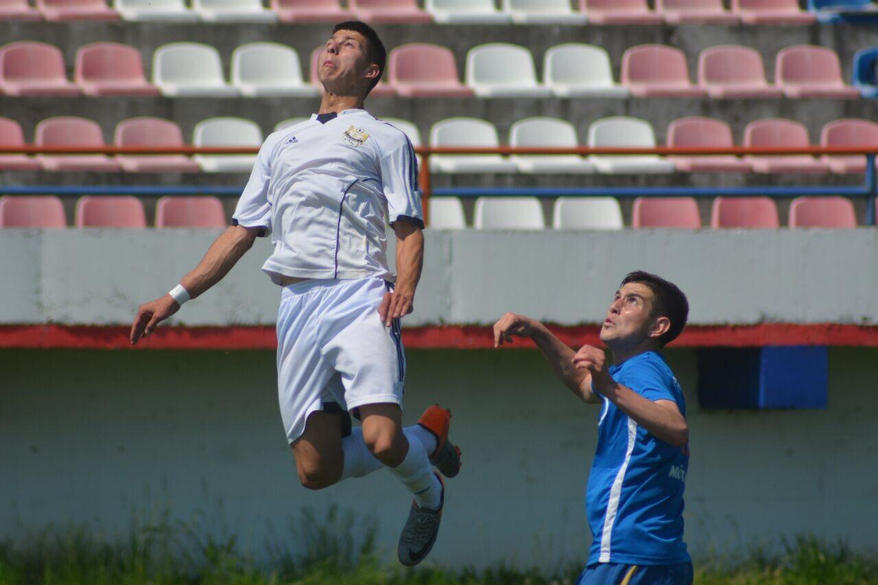 Photo of Omladinci Radničkog ubedljivo slavili u Leskovcu 0:3