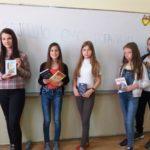 Vršnjacima iz ugroženih porodica poklonili knjige