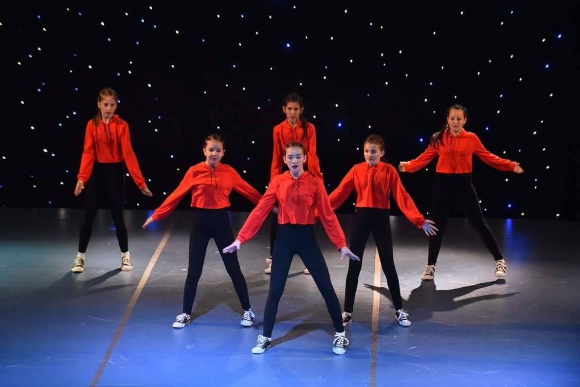 Photo of Pirotski plesači uspešni na međunarodnom takmičenju u Vršcu