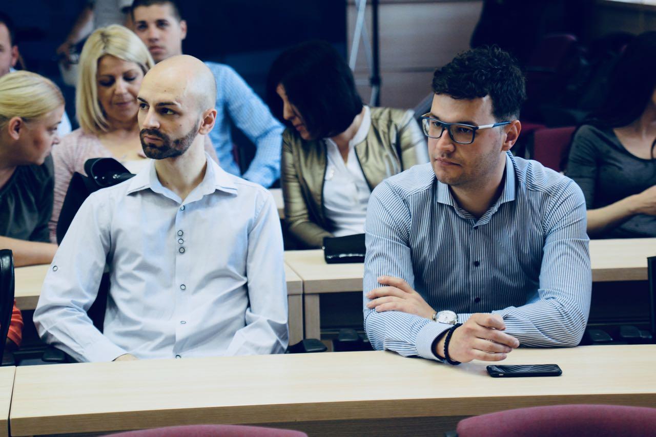 Photo of Dodeljeni ugovori o stručnoj praksi, prilika za dragocena radna iskustva za mlade nezaposlene Piroćance