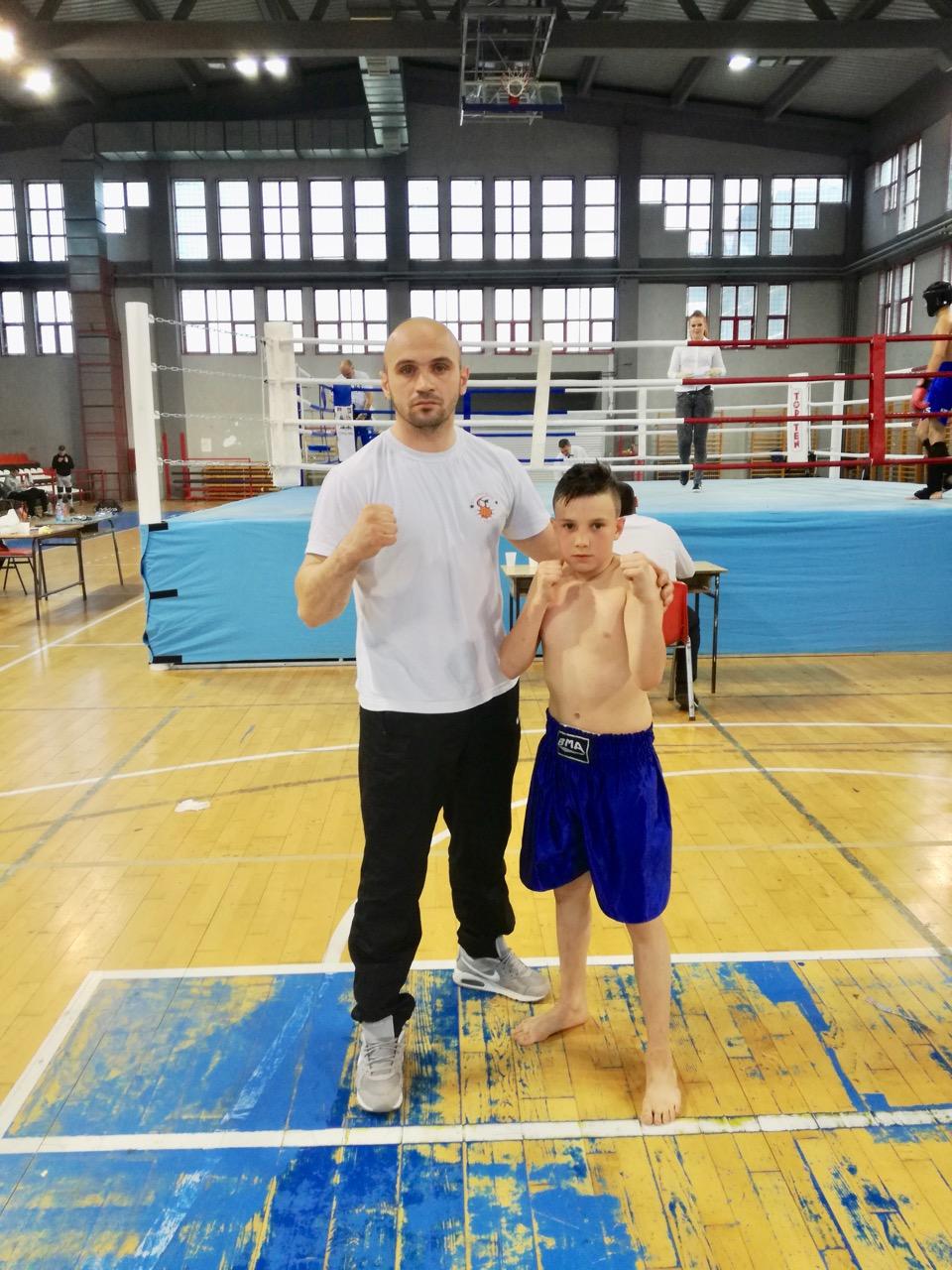 Photo of Ognjen Antić uspešan na Prvenstvu Centralne Srbije u kik boksu, disciplini K-1