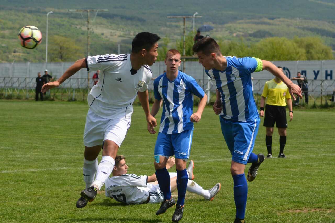 Photo of Omladinci Radničkog remizirali sa OFK Beogradom 1:1, na poluvremenu 1:0