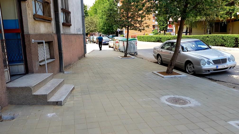 Photo of Rekonstruisana jedna strana trotoara u Takovskoj ulici