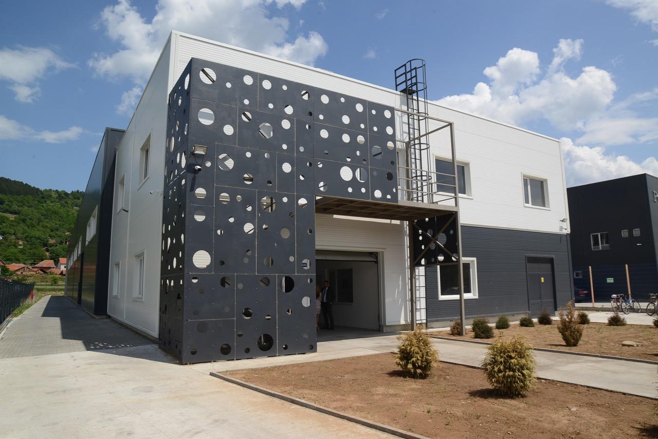 Photo of Još jedna fabrika u Pirotu – investitor iz Francuske u Pirotu proizvodi za Mišlen, Simens…