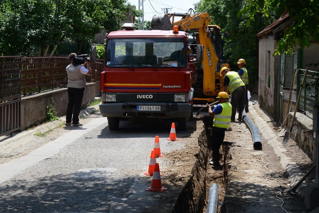 Photo of Radovi u Jastrebačkoj ulici, nov vodovod pa nov asfalt