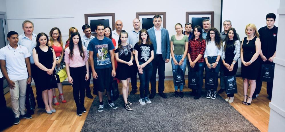 Photo of Nagrade učenicima generacije pirotskih škola