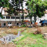 Inteziviraju se radovi na uređenju dvorišta škole Dušan Radović