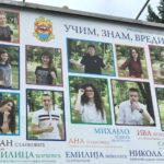 Učim, znam, vredim - poruka sa bilborda u Pirotu koja je obišla Srbiju