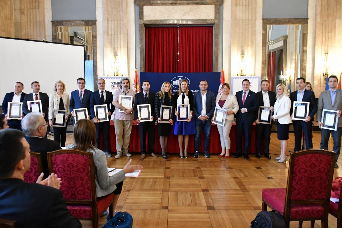 """Photo of Građani prepoznali značaj nagradne igre """"Uzmi račun i pobedi"""", poreska disciplina sve bolja"""