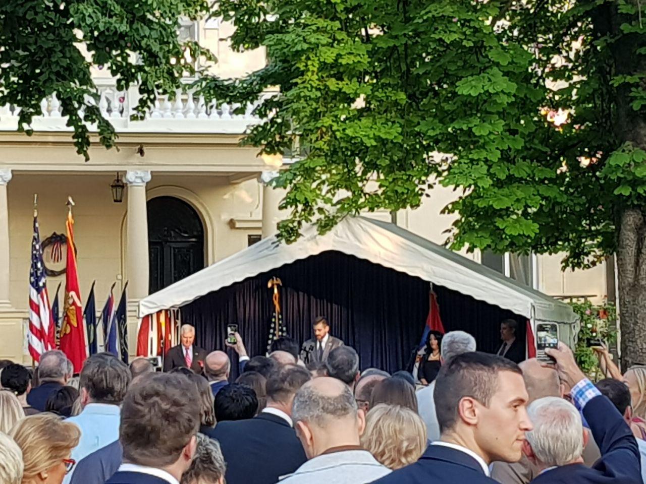 Photo of Vasić na prijemu povodom Dana nezavisnosti SAD. Ambasador Skat: Pirot je moj omiljeni mali grad u Srbiji