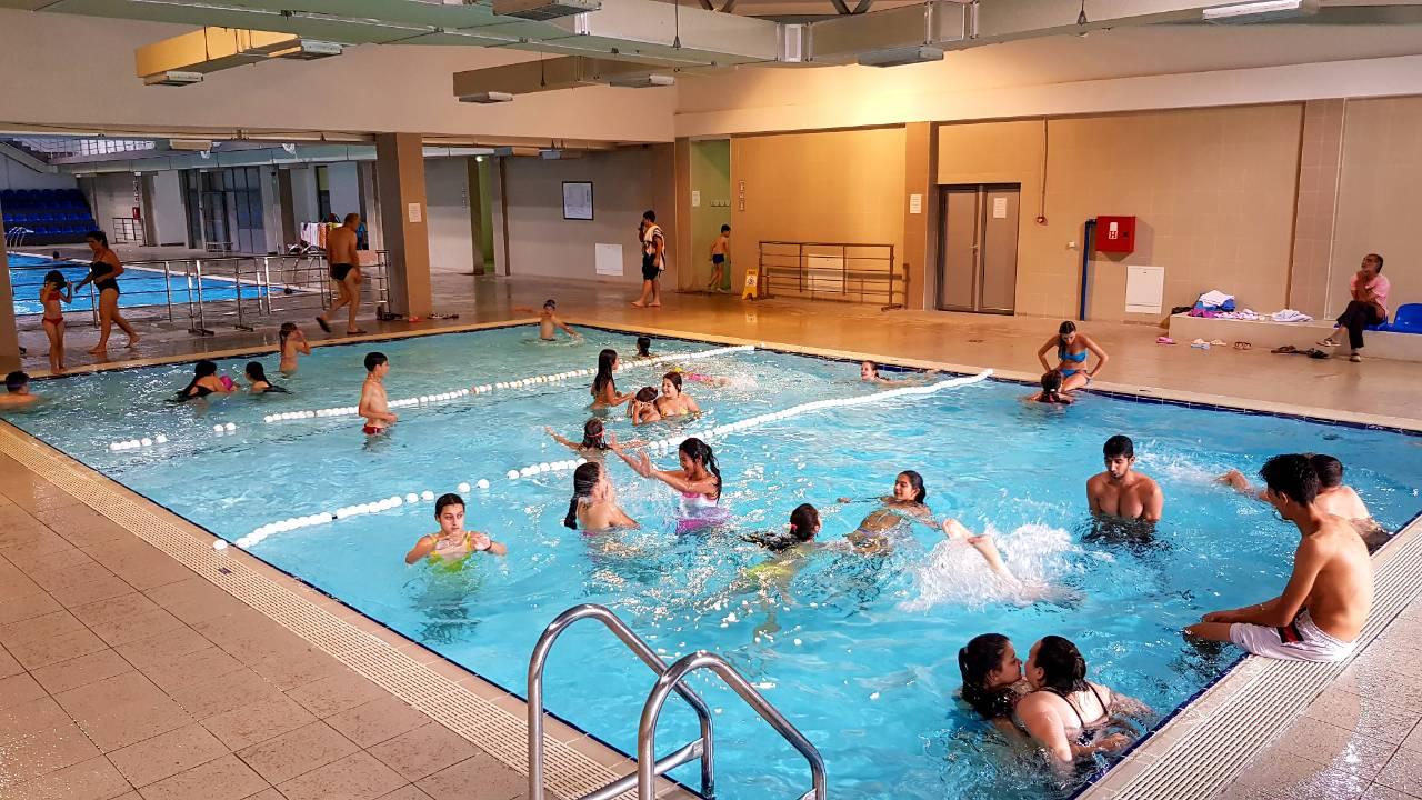 Photo of Besplatna škola plivanja na Zatvorenom bazenu, dnevno najmanje 500 posetilaca