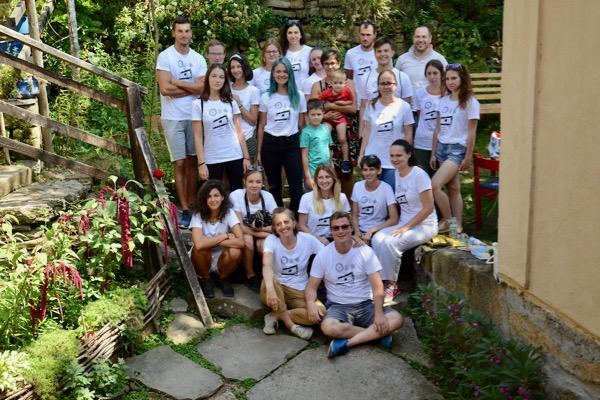 Photo of Studenti iz Australije, Rusije, Nemačke, Engleske proučavaju Gostušu, radili na sanaciji crkve