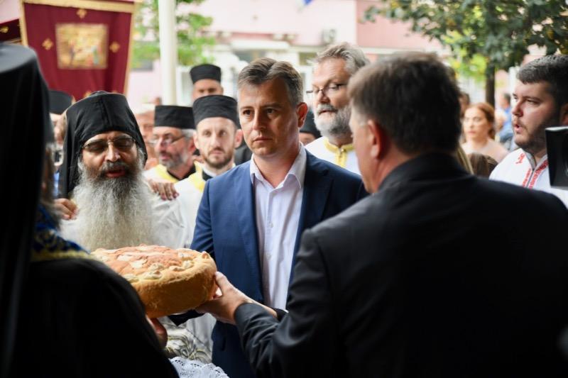 Photo of Vasić čestitao Gradsku slavu svim Piroćancima, a školarcima poželeo srećan polazak u školu i uspeh u učenju