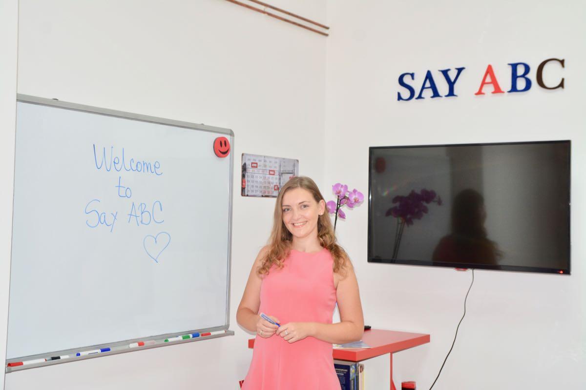 Photo of Say ABC škola engleskog jezika: Čovek je bogat onoliko koliko jezika govori