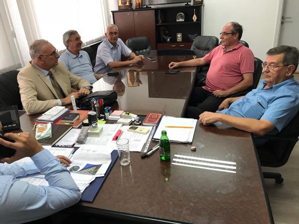 Photo of Delegacija Privredne komore Pirot boravila u Dimitrovgradu, razgovori o investicijama, Slobodnoj zoni Pirot, sportu…