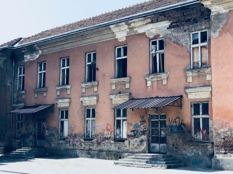 "Photo of U planu rekonstrukcija stare škole OŠ ""Vuk Karadžić"""
