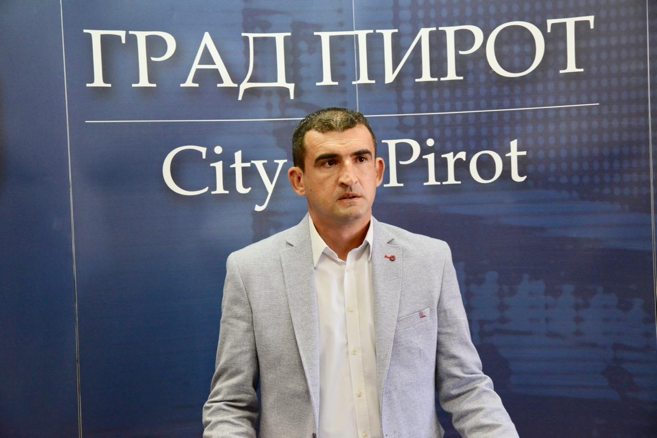Photo of Bratislav Ćirić: Trudiću se da nastavim pozitivan trend u poslovanju Gradske toplane