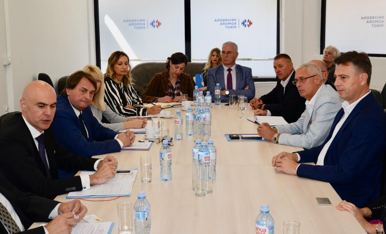Photo of Pokrenuta inicijativa za osnivanje Socijalno ekonomskog saveta Grada
