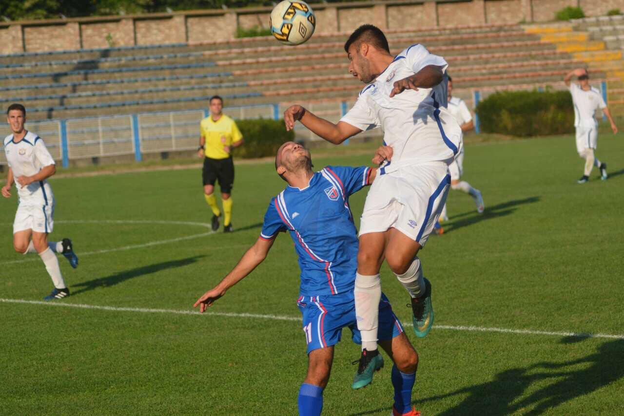Photo of Beli remizirali u poslednjem kolu jesenjeg dela prvenstva u Dobanovcima 1:1