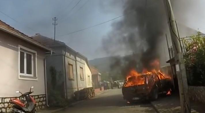 Photo of Goreo automobil u Cetinjskoj ulici, na svu sreću nema povređenih