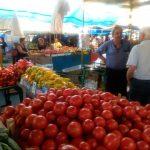 Pirotska pijaca: Cena paradajza kao usred zime!