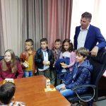 Mališani u ulozi gradonačelnika - počelo obeležavanje Dečje nedelje u Pirotu