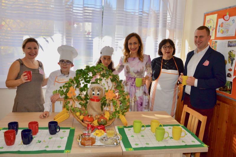 """Photo of Donacija školi  """"Mladost"""" – školska kuhinja za trening životnih veština"""