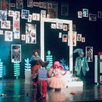 """""""Plavi zec"""" oduševio pirotske mališane u prepunoj sali Narodnog pozorišta"""