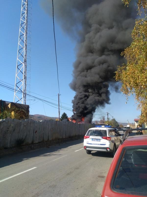 Photo of Pirotska železnička stanica: Zapalio se otpad, čule se i eksplozije!