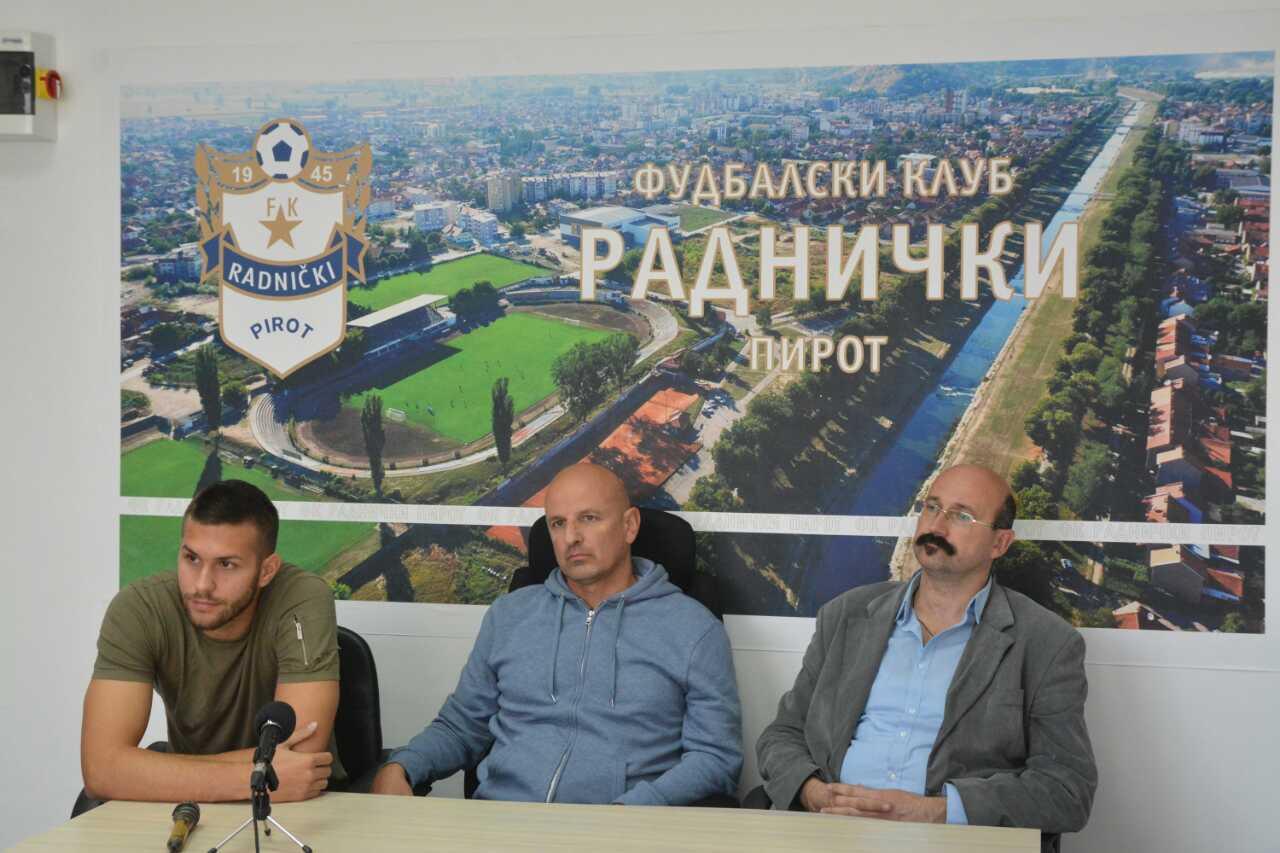 Photo of Radnički u nedelju igra derbi protiv Zaplanjca – neophodna podrška publike