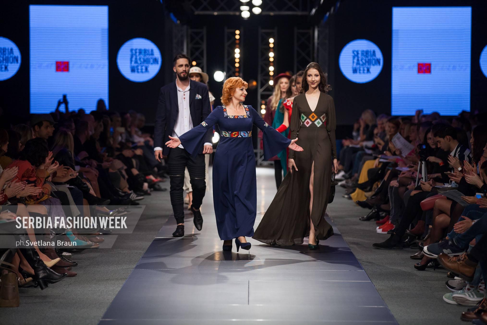 Photo of Šare pirotskog ćilima na kreacijama Silvane Tošić očarale modni svet