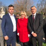 Vasić i Tončić položili vence na spomenik srpskim borcima u Sofiji