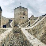 Srednjovekovna tvrđava Momčilov grad - umetnička Meka Pirota