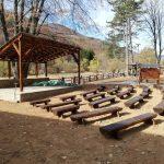 Uređuje se dvorište sportsko-rekreativno turističkog centra u Dojkincima (FOTO)