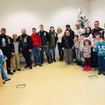 """Bajkeri iz kluba  """"Rolling Wheels"""" delili paketiće osobama sa smetnjama u razvoju iz Udruženja za pomoć MNRL"""