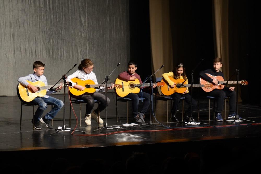 Photo of Otvorena serija novogodišnjih koncerata svih sekcija Doma kulture