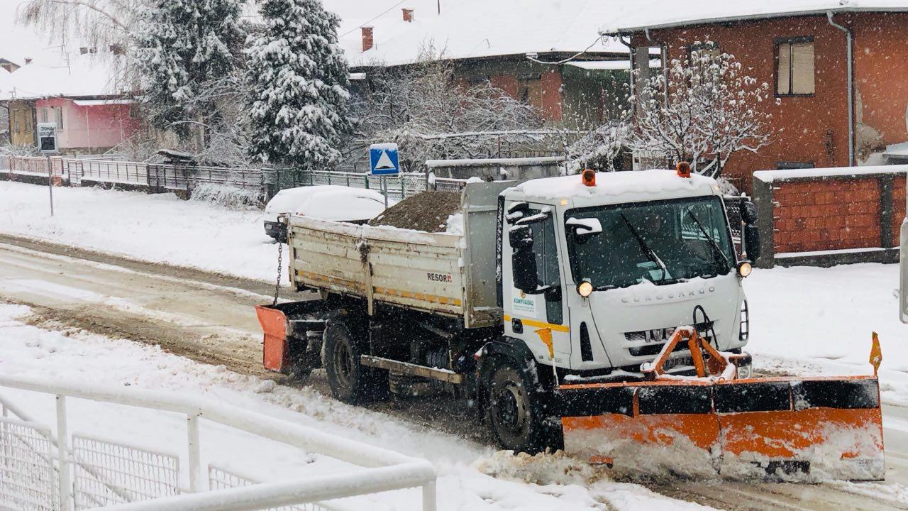 Photo of Ekipe Komunalca danonoćno na terenu – svi putni pravci prohodni i očišćeni
