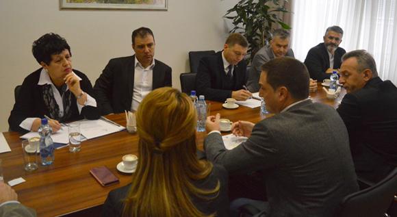 Photo of Sastanak u kabinetu ministra Ružića. Raspravljalo se o zahtevima za promenu izbornih pravila…