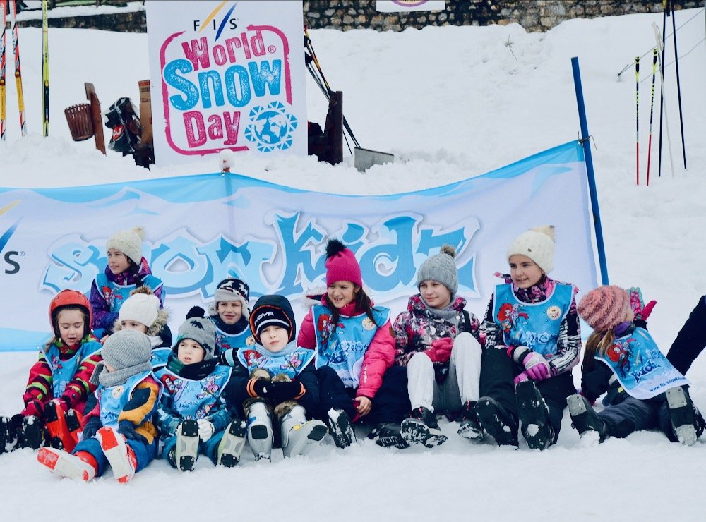 Photo of Svetski dan snega obeležen na Gradskom skijalištu – Pirot ponovo postao grad skijanja