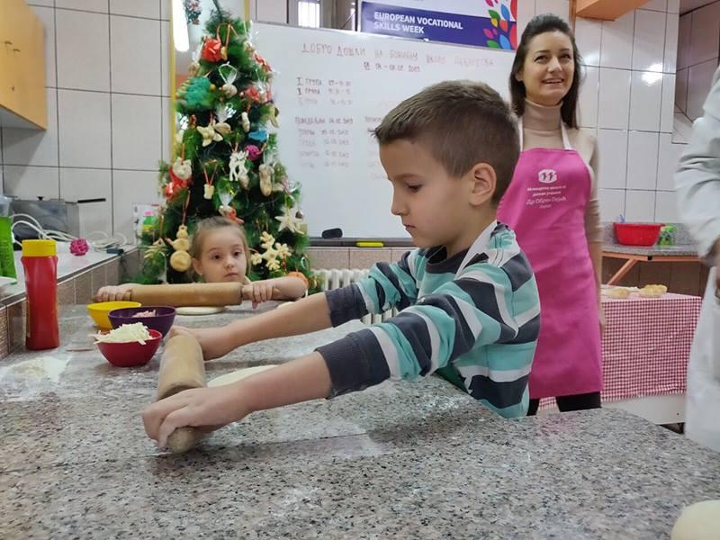 Photo of Оgromno interesovanje za školu pekarstva Božićne škole sporta