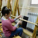 Čuvari vekovne tradicije - pedesetak mališana uči tajne izrade pirotskog ćilima