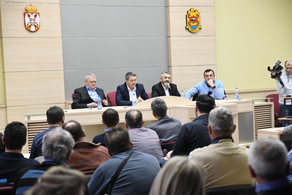 Photo of Popović: Konstruktivna poseta pomoćnika ministra poljoprivrede