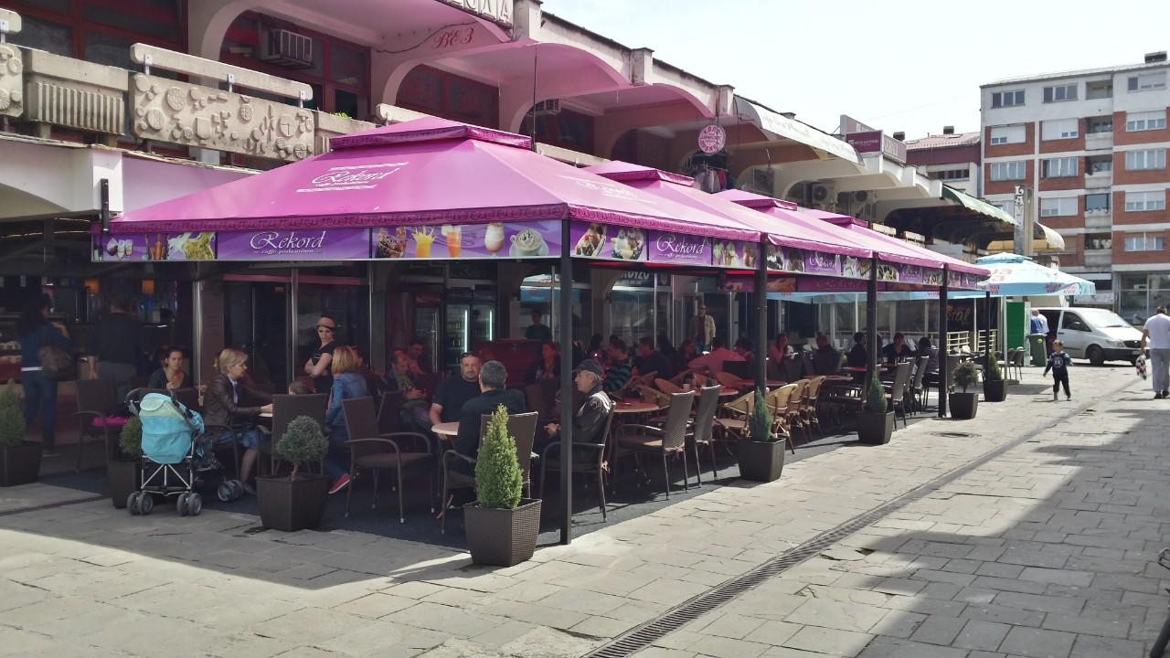 Photo of POSAO: Potrebna konobarica u kafe-poslastičarnici Rekord!