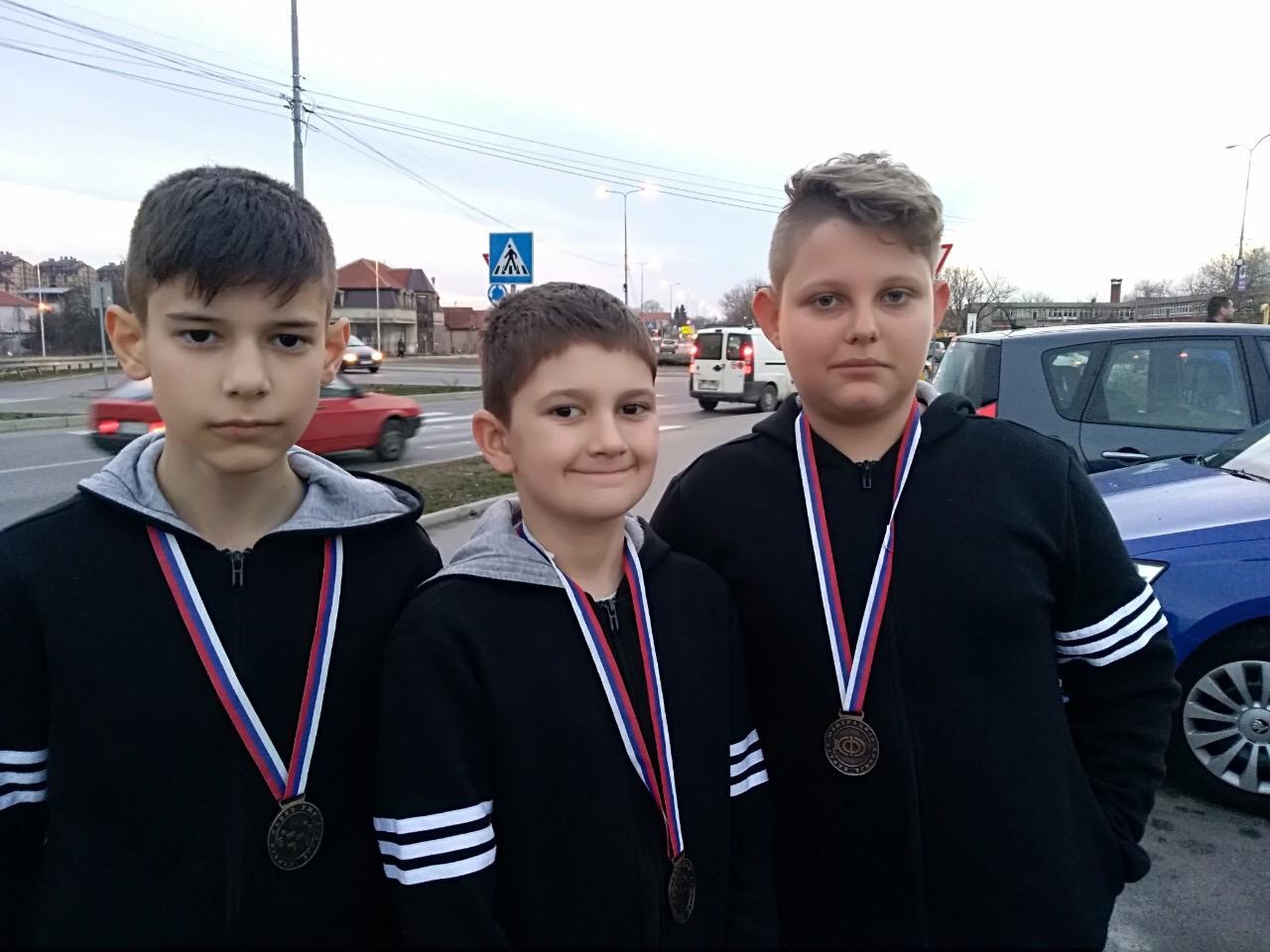 Photo of Mlade nade pirotskog karatea krenule s turnirima za kvalifikacije za državno prvenstvo